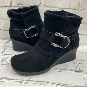 BareTraps genuine leather fleece lined ankle boots